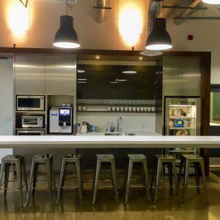 cloud-hive-corporate-kitchen-countertop